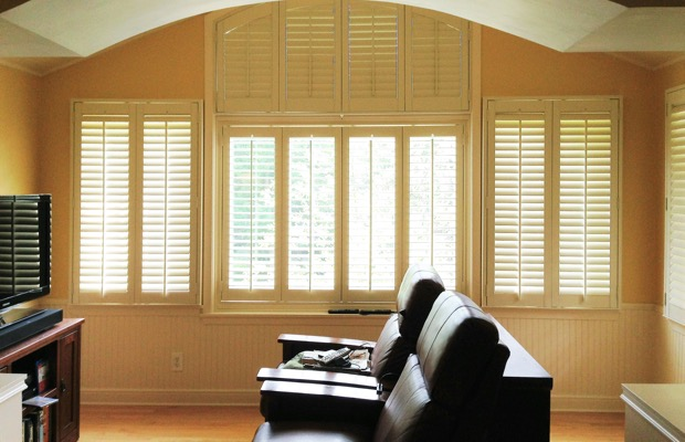 Las Vegas plantation shutters in tv room