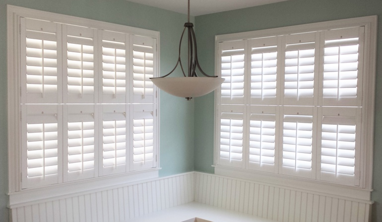 Las Vegas plantation shutters in booth