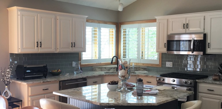 Las Vegas kitchen with shutters and appliances