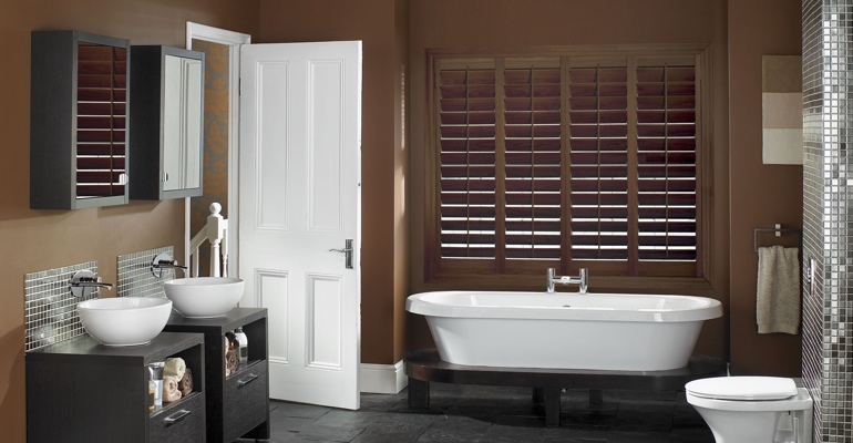Las Vegas bathroom shutters wood stain